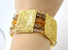 New Old Stock ROSA FLORES Topaz Crystal Gold Tone Textured Stretch Bracelet - $21.38