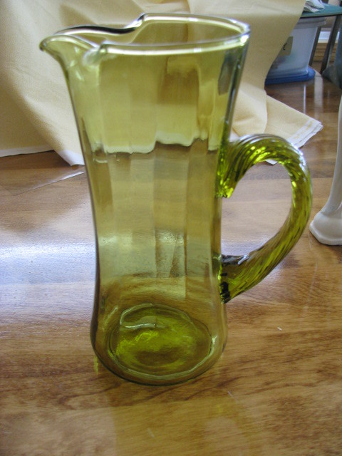 Vintage Depression Avacado Green Rope Handle Glass Pitcher 8 inches tall