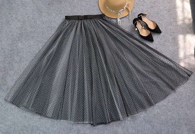 Black white long tulle 5
