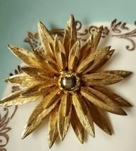 Vintage Flower  Brooch - $17.82