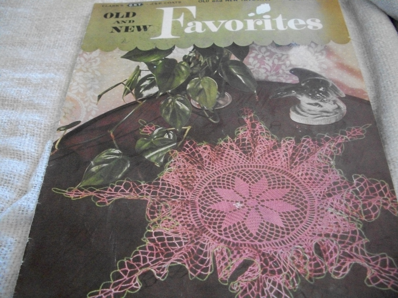 Clarks & J & P Coats Book No. 269~Old and New Favorites Crochet Book - $8.00