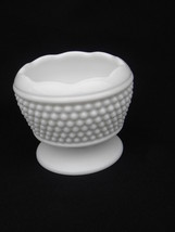Vint Westmoreland Milk Glass American Hobnail #177 Footed Cupped Rose Bowl AH-16 - $4.99