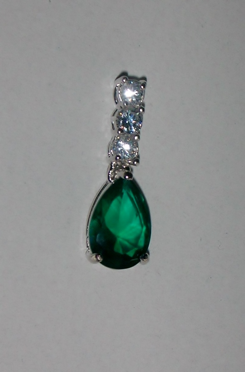 Primary image for Pendant Teal and Clear Diamond Cut