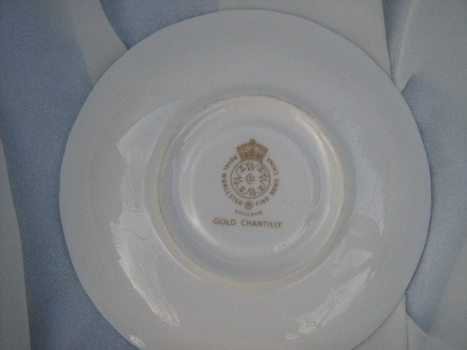 Royal Worcester,Gold Chantilly, Cup and Saucer, Wavy Rim,England Fine Bone China