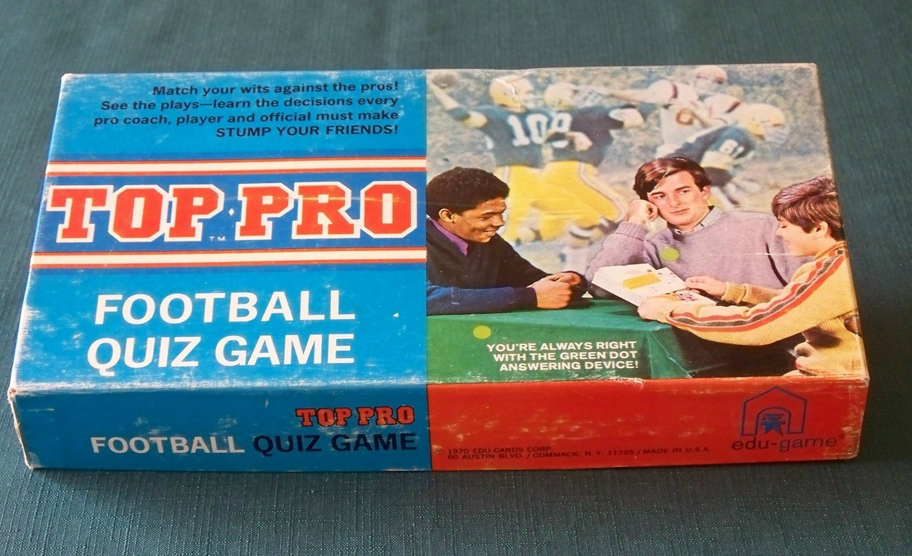 Top Pro Football Quiz Game by Edu-Game 1970. Complete