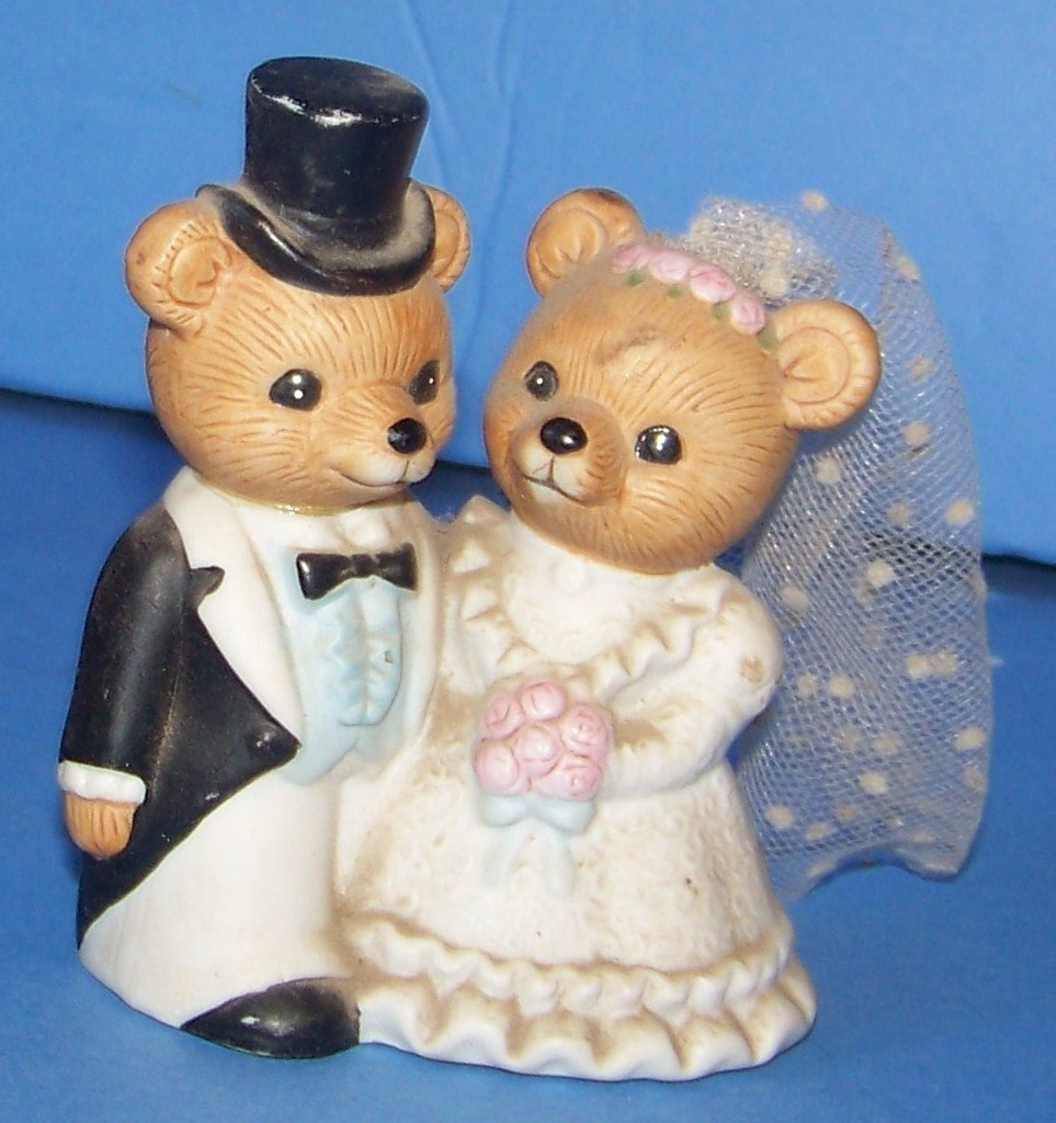 Primary image for VINTAGE  BEARs HOMCO Bride and Groom as is 1424