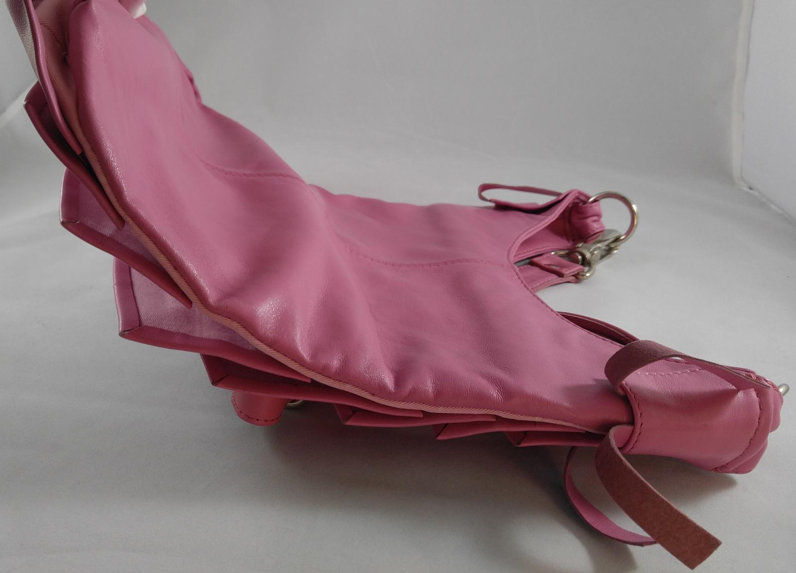 Kyss Handbags Designer Krista Orr Pink Shoulder Strap Purse Plymouth, Michigan image 4