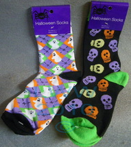 2 pr. Skulls & ghosts Halloween Ladies Socks - $5.99
