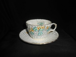 Aynsley Teacup and Saucer Vintage China Primrose Flowers Blue & Yellow Lattice - $28.50