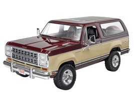 Model Car Truck Kit High Detailed Plastic Scale 1/24 1980 Dodge Ramcharger - $37.05