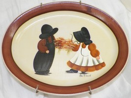 HOMER LAUGHLIN HAND PAINTED DECORATIVE PLATE ARTIST SIGNED WITH HANGER  -J1 - $9.99