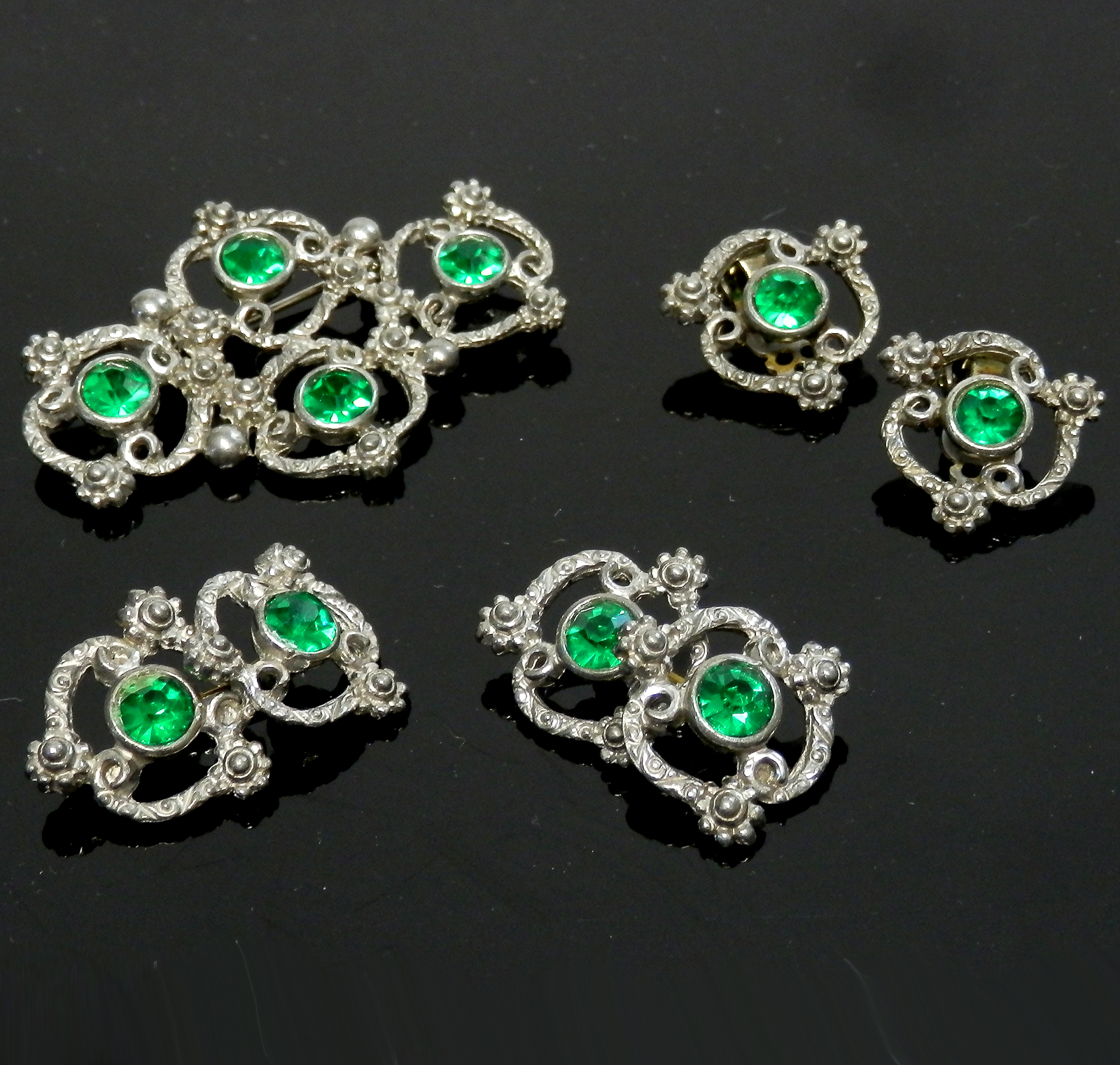 Vintage Rhinestone Earrings, Brooch, Cuff Links Demi Set Green Crystals Unsigned