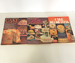 vintage  3 editions of wilton yearbook cake decorationg magazine 1981 19... - $12.17