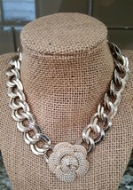 VINTAGE Graziano Signed Chunky Flower Faux Pearls Necklace  - $19.50