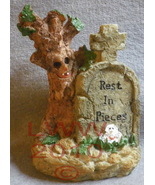 Rest in Pieces Halloween Resin Tombstone with tree - $3.99