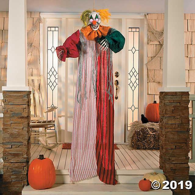 Fun Express LED Hanging Clown - Halloween Decor