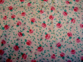 Fabric Traditions 1992 Pink Cotton tiny calico Roses and buds by the yar... - $14.00