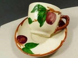 VTG Franciscan Red Apple Pattern Tea Cup & Saucer set - $27.72
