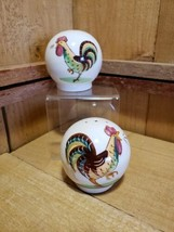 Vintage 1940s Helen Motney California Pottery Brown Rooster Salt & Peppe... - $28.90