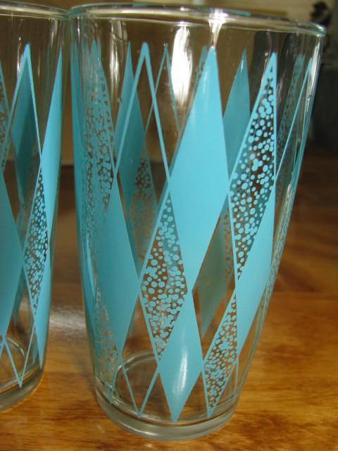 4 Vintage Art Deco Rare Water Glasses with Turquoise Diamond Design