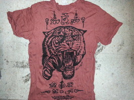 Men t shirt short sleeve Tiger Jungle sure Animal India Thailand vintage new  L - $16.92