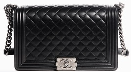 100% AUTHENTIC CHANEL BLACK QUILTED LAMBSKIN NEW MEDIUM BOY FLAP BAG RHW