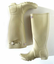 $150 HUNTER BOOTS 7 / 38 Womens Tall Beige Glossy Rain Boots Wellies - $52.00