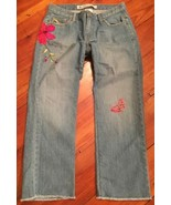 GAP size 6 flower butterfly embroidered cropped jeans - $26.17