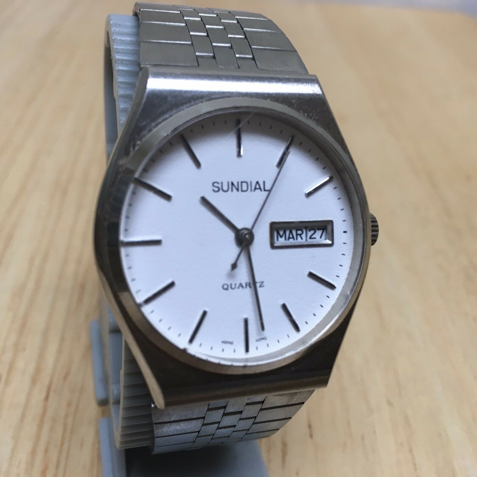 Primary image for Vintage Sundial Mens Silver White Analog Quartz Watch Hours~Day Date~New Battery