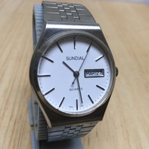 Vintage Sundial Mens Silver White Analog Quartz Watch Hours~Day Date~New Battery - $14.24