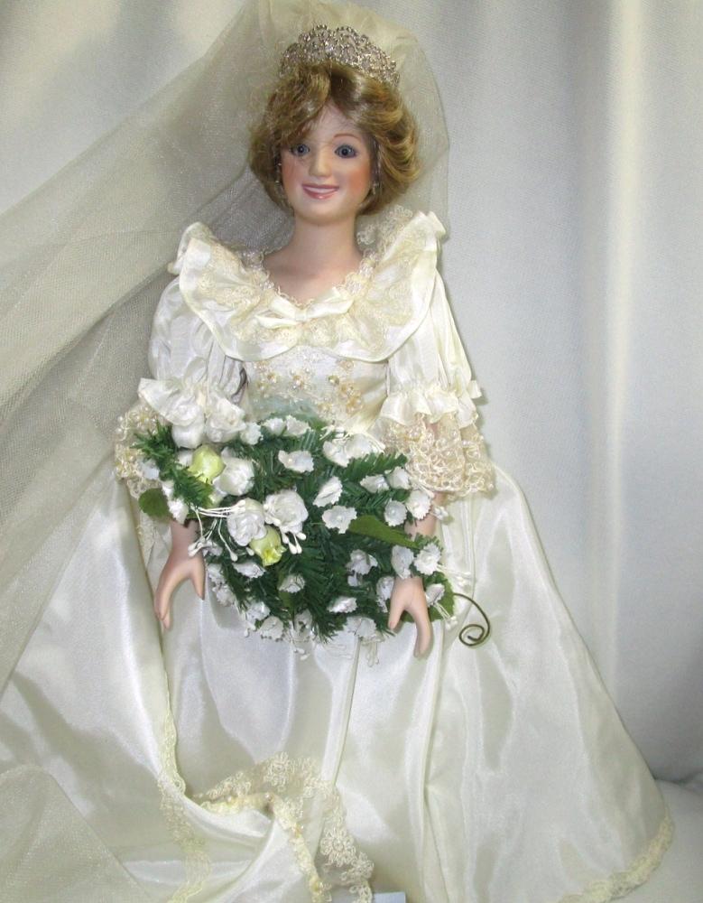 Princess Diana Wedding Dress Danbury Mint And 50 Similar Items