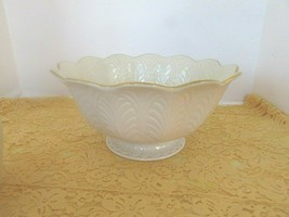 """LENOX CHINA GREENFIELD CENTERPIECE BOWL 9.75"""" MADE IN USA LotD - $29.65"""
