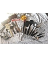 Huge Lot/ 25 Kitchen Utensils Gadgets Baking Tools Spatulas Ladle Spoon ... - $18.80