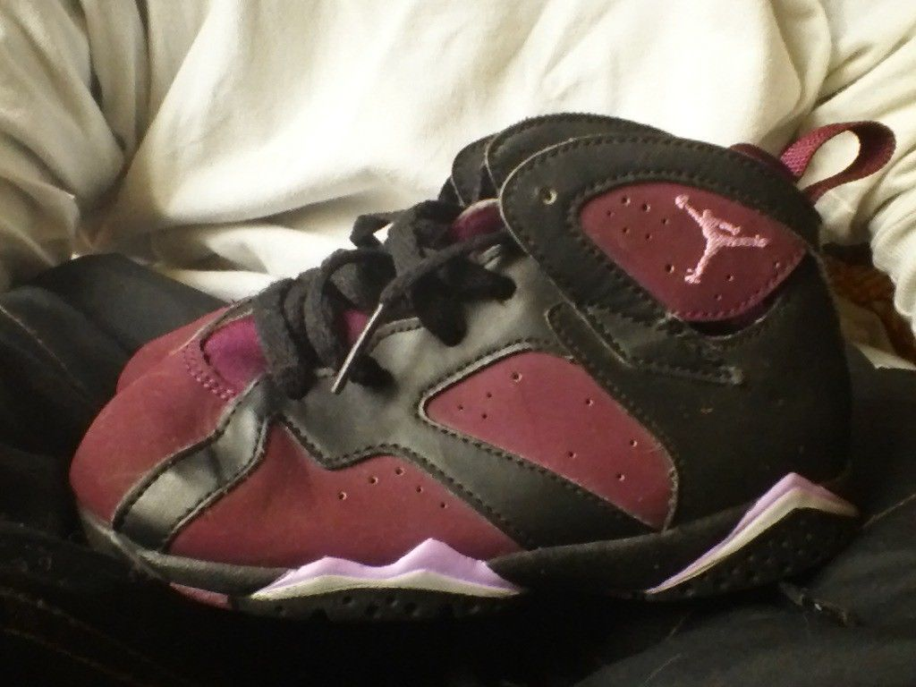 23b29aadaaf720 S l1600. S l1600. 2 Nike Air Jordan Retro 7   13 Mulberry size 9c 9 C 7C  Girl Shoes · 2 Nike Air Jordan Retro ...