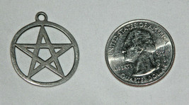 Round 5 Point David Star 925 Sterling Silver Pendant 3gr Stamped - $17.37