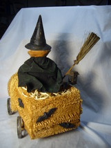 Bethany Lowe Halloween Witch Riding a Sponge Car & Black Cat no. T4032 image 4