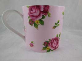 Royal Albert England New Country Roses Pink Beautiful - $15.83