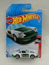 Hot Wheels 71 Porsche 911 - $6.43