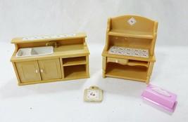 Vintage Epoch Casa Delle Bambole Mobili Miniature Cucina Lavabo e Recinto - $22.76