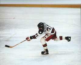 MIKE ERUZIONE 8X10 PHOTO MIRACLE ON ICE HOCKEY USA OLYMPIC GOLD MEDAL US... - $3.95