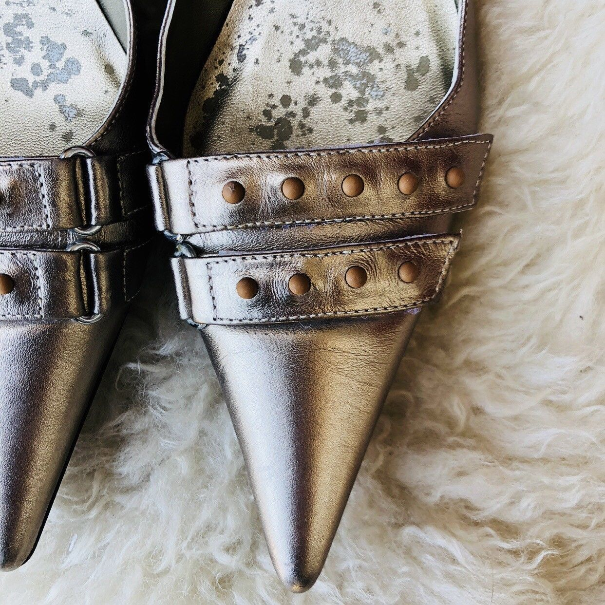 KLUB NICO Anthropologie Metallic Silver Studded Pointy Kitten Heels Brazil Sz 7