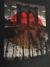 Tony Hawk Men's T-shirt Gray Cool Bridge, Trees Graphics Sz Medium Free ... - $12.00