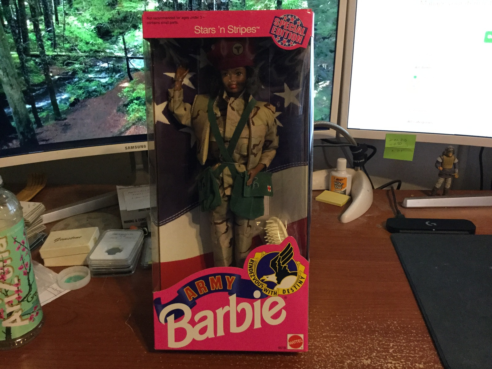 Primary image for 1992 Mattel Stars 'n Stripes African American Army Barbie Doll #5618 NIB