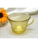 3611 Antique Federal Glass Amber Patrician Spoke Cup - $9.50