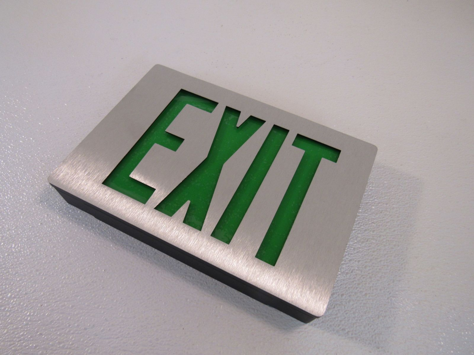 Lithonia Lighted Exit Sign Two Sided LED 120 VAC 277 VAC 283062 Diecast Aluminum