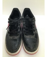 Nike Air  size 6.5 young gray black and pink Athletic Shoes - $38.41