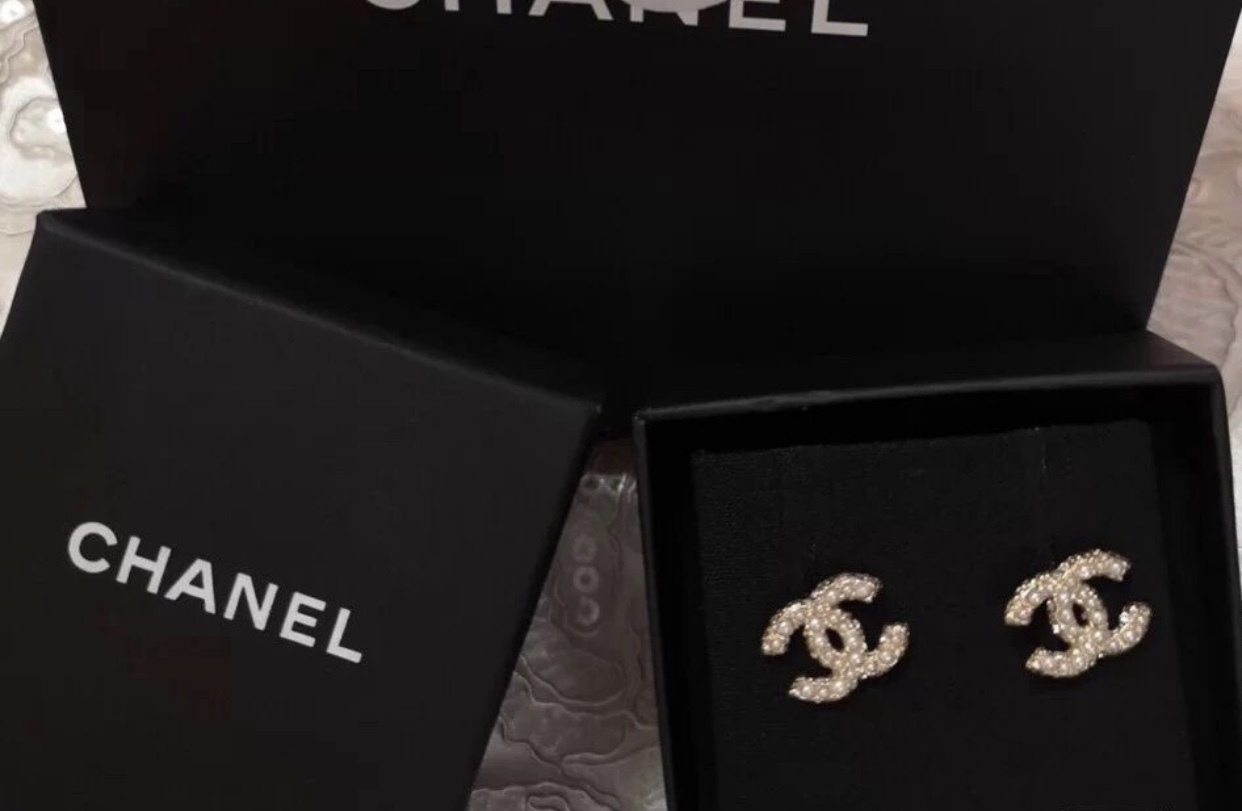 Authentic Chanel Classic CC Logo Crystal Pearl GOLD Stud Earrings