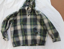 VAN HUESEN SIZE LARGE PLAID WOMENS HOODED GOLF JACKET - $12.00