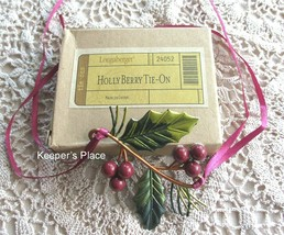 Longaberger HOLLY BERRY Holiday Basket Metal Tie-On Red Green Christmas New Box - $12.00