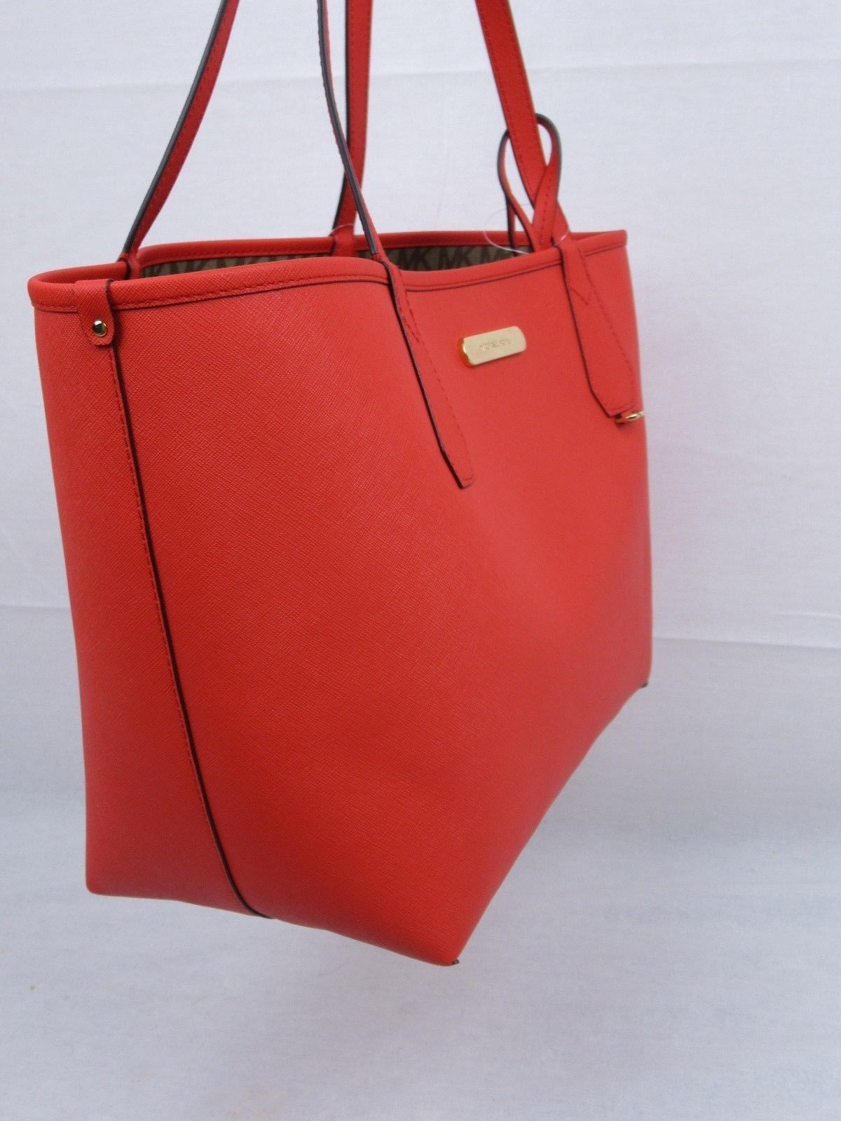 be32c6e21 NWT MICHAEL KORS SIGNATURE CANDY LARGE REVERSIBLE TOTE BAG IN BG/EB/DK  SANGRIA